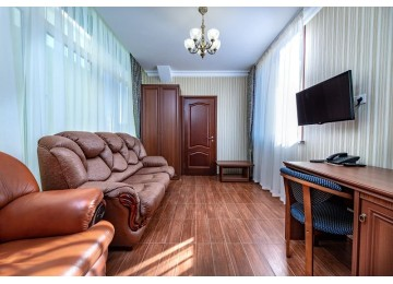 2-местный 2-комнатный люкс Корпус Атлант