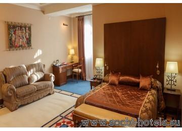 Отель «Богатырь» 2-местный люкс Королевы