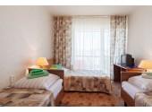 Отель «Дельфин Адлеркурорт» Стандартный трехместный номер 3-й категории