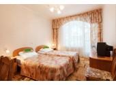 Отель «Дельфин Адлеркурорт» Стандартный двухместный номер 2-й категории