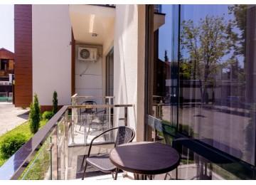 Комфорт Улучшенный с балконом 2-местный 1-комнатный (с кухней)