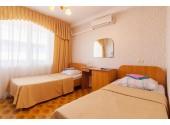 Отель «Нептун Адлеркурорт» Стандартный трехместный номер 2-й категории