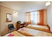 Отель «Нептун Адлеркурорт» Стандартный трехместный номер 1-й категории