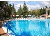 Санаторно курортный комплекс «Знание» Открытый бассейн