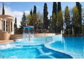 Санаторно курортный комплекс « Знание» Открытый бассейн