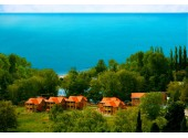 "Отель ""Озеро Дивное"", внешний вид, территория"