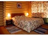 """Отель """"Озеро Дивное"""" 4-местный 2-этажный коттедж"""