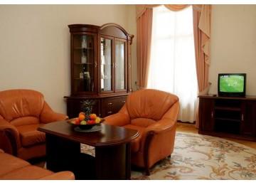 Беларусь Люкс 2-местный 2-комнатный корп.Главный