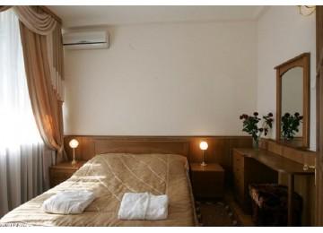 Беларусь Люкс 2-местный 2-комнатный  корп.Приморский